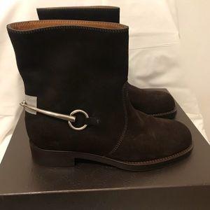 Gucci Labrador cocoa brown suede ankle boot